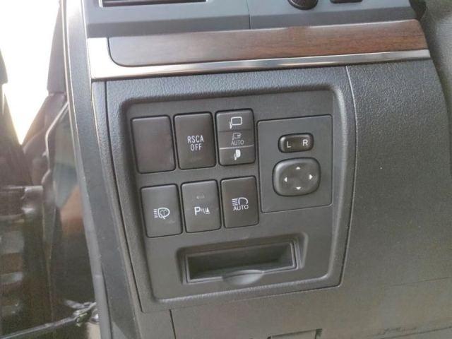 18款酷路泽5700VXS中东版配置动力油耗参数