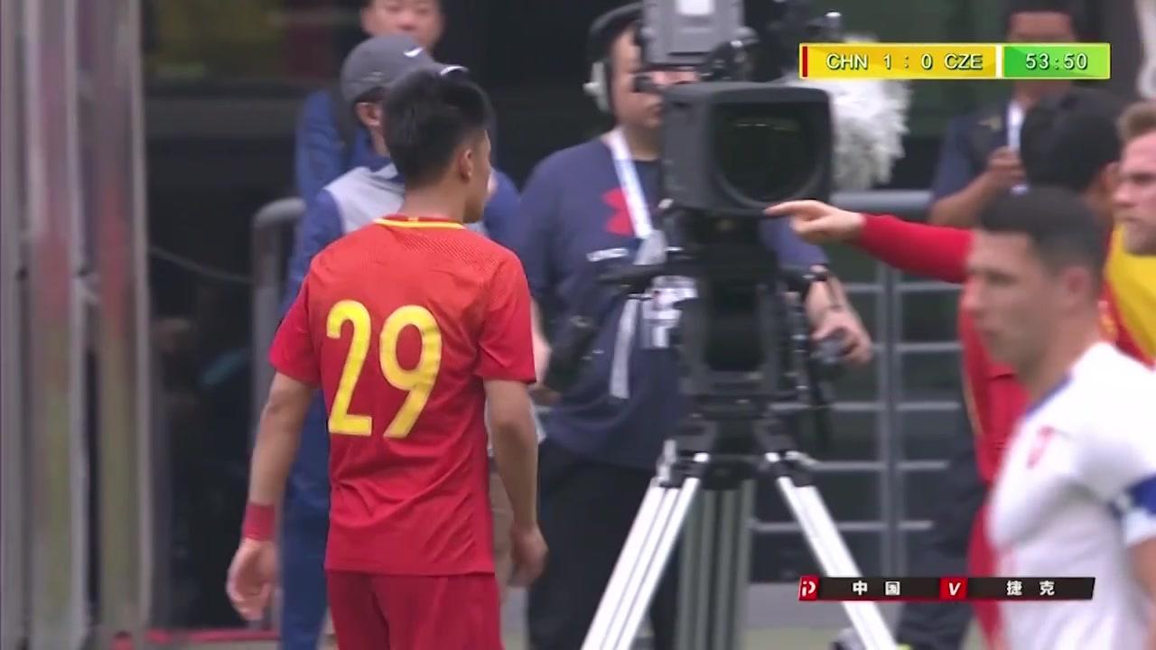 谭龙30岁入选国家队不算晚 ,32岁的肖智已成国足最可靠锋霸!PP中超 ...