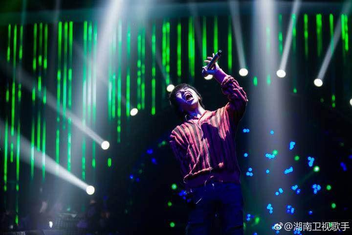 白举纲综艺节目中频繁露脸 谁还记得他的音乐梦想?