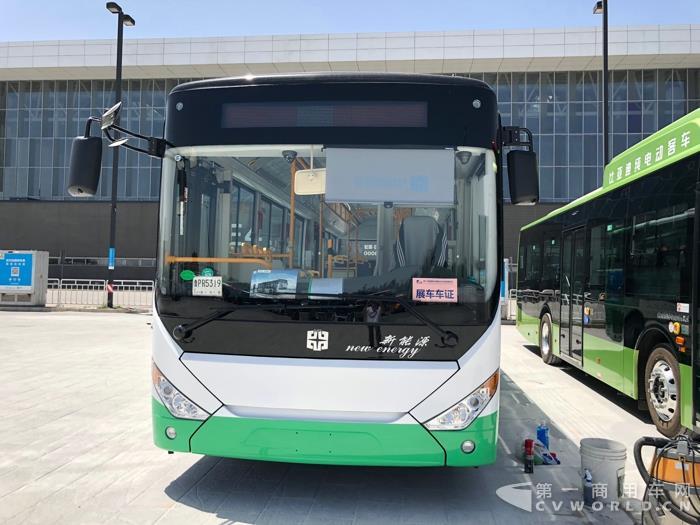 中通纯电动公交车