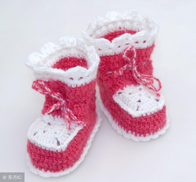 妈妈:宝宝鞋编织图解,简单易学,还不到2个小时就钩好了