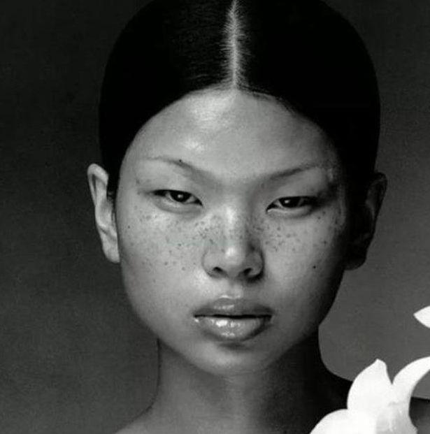 中国最丑的女人,但她却红遍巴黎,人生就像开了挂