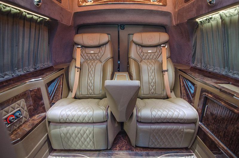 GMC豪华美式房车G760雅尊天玺版外观霸气侧漏,内在奢华细致