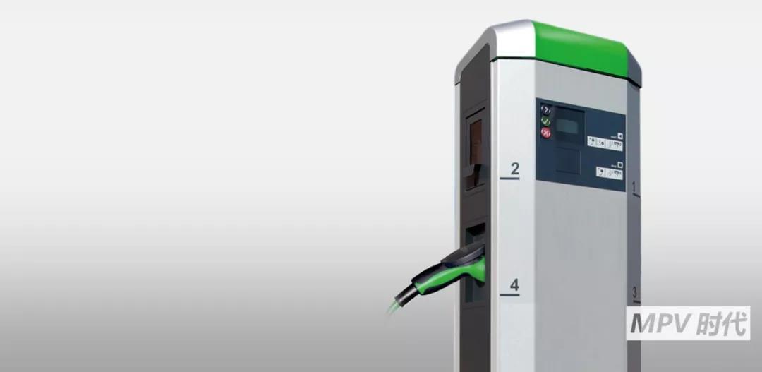 续航达300km的纯电动MPV,大通EG10趁新能源风潮向高端商务进军