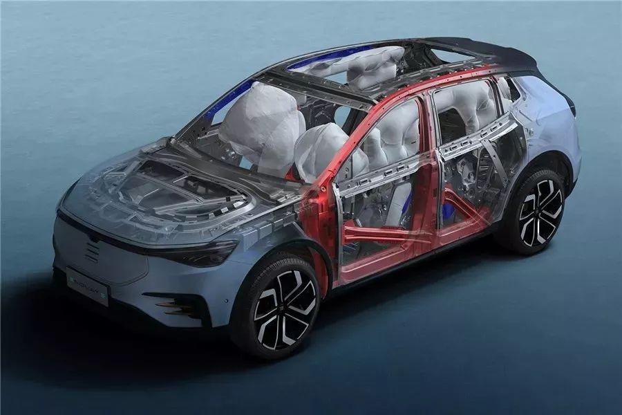 天际首款车型ME7亮相 进军豪华纯电市场是以为我们人傻钱多?