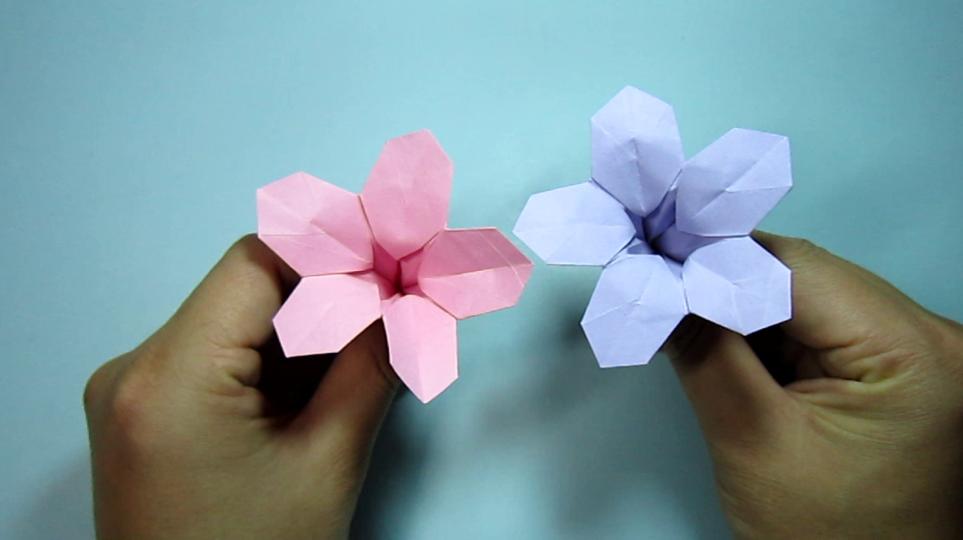 简单的手工折纸喇叭花,看一遍就能学会牵牛花的折法
