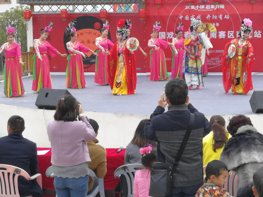 贵阳掀起文化惠民送戏下乡热潮