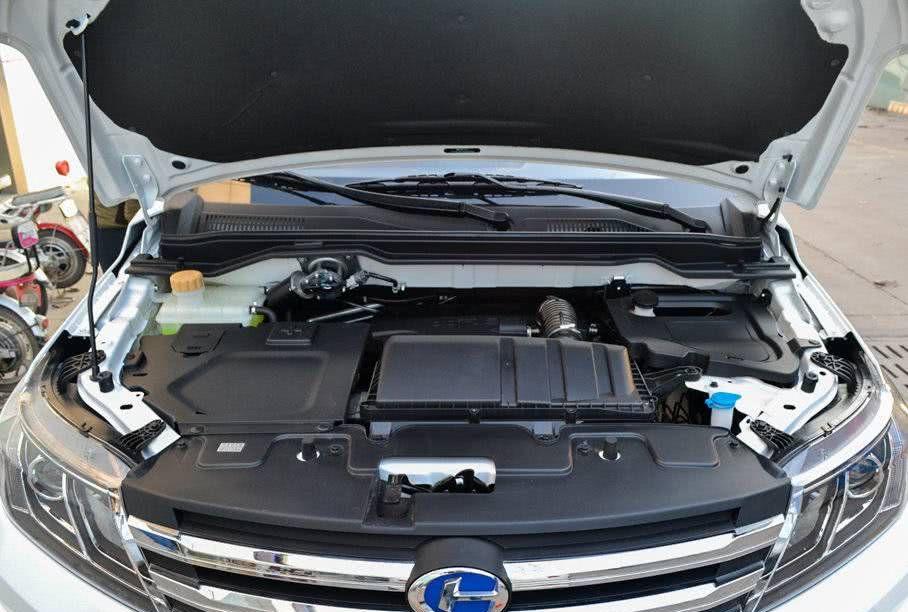 昌河汽车终于坐不住了,5.49万,五门七座SUV,油耗7L