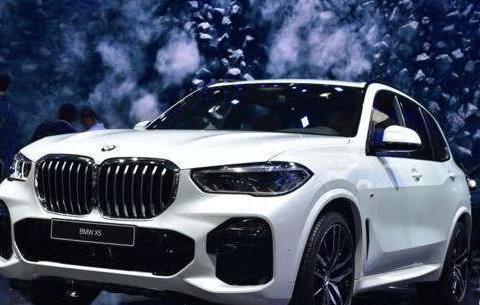 全新一代宝马X5惊艳亮相巴黎车展,拥有秒天秒地秒空气的实力?