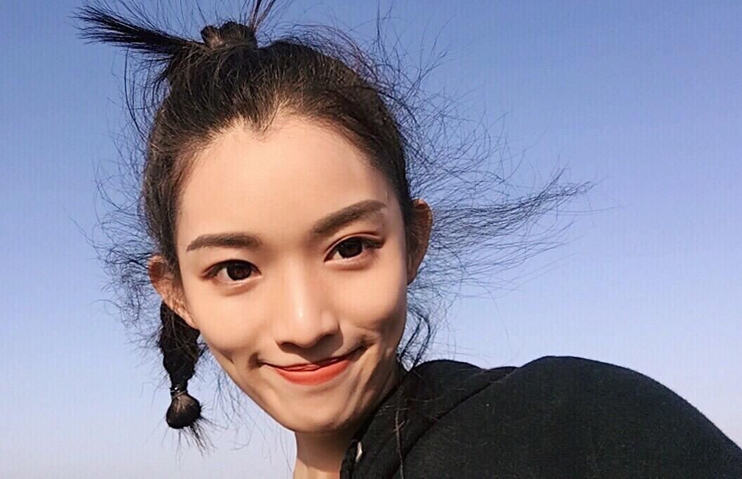 校花美女 来自青岛大学服装表演的小仙女一枚 身高174