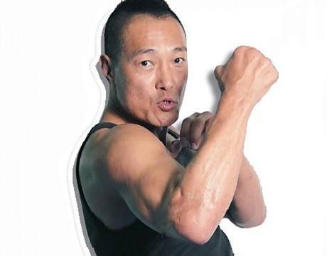 他是7届泰拳冠军,为成龙忠心30年却被无故辞退,后被洪金宝看中