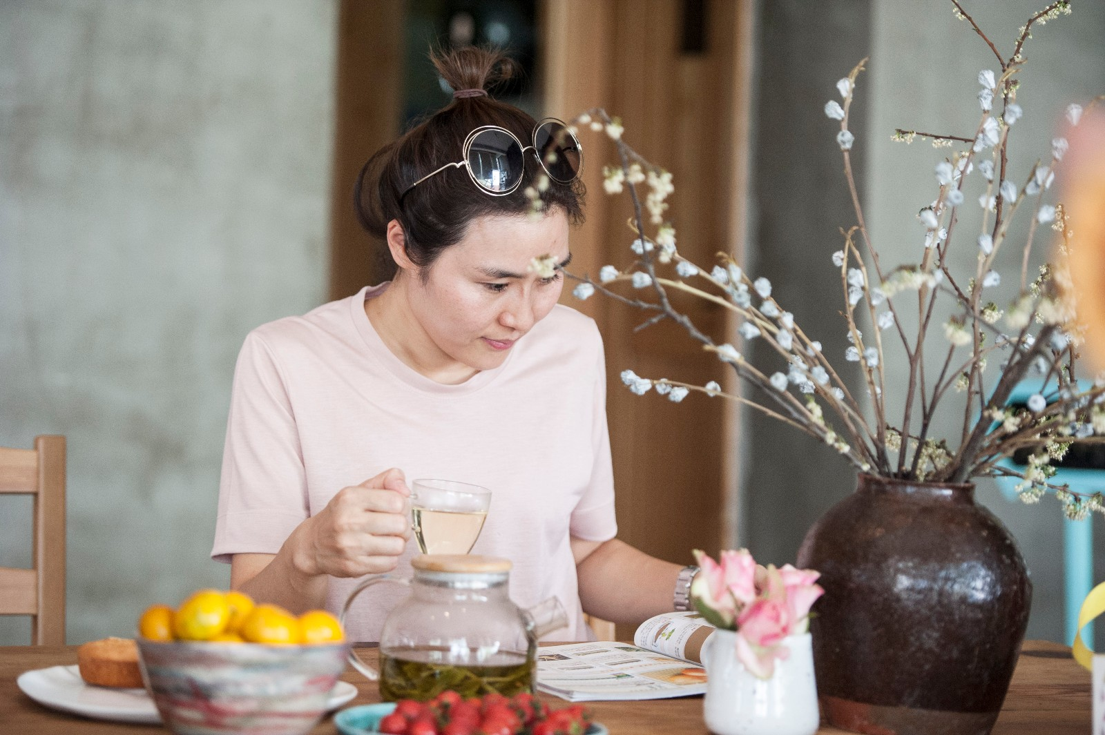 合肥安徽:崔岗客栈村慢趴美女拍艺术美女了便宜图片