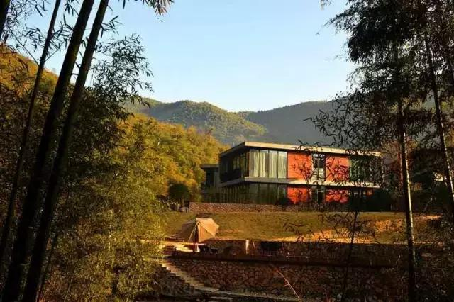 在莫干山这家民宿就能享受,却要舍近求远去东南亚?