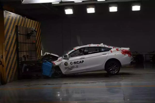 """曾经""""五星满天飞""""的碰撞测试 居然出现3款仅得两星车型……"""