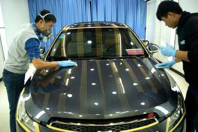 镀晶应该是目前保护原厂漆最好的美容方式了!