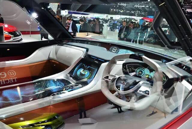 买途昂的后悔了!三菱新车比奔驰大G还霸气,配V6不足23万