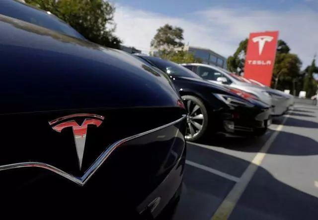 三菱汽车提议将戈恩从董事会除名/江森自控退出汽车行业