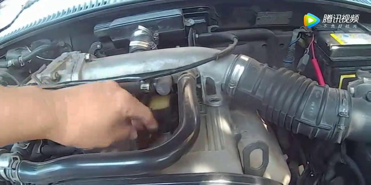 起亚汽车电瓶老亏电,换了十次电瓶也不行,最后才知道怎么回事