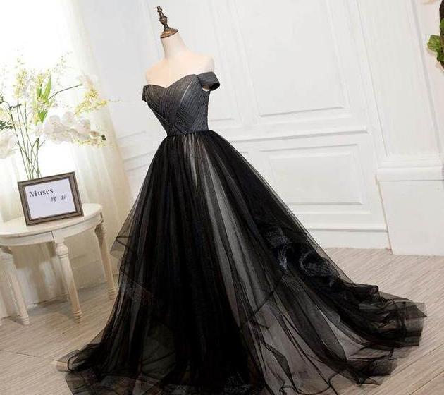 十二星座专属黑色公主晚礼服,巨蟹座神秘高贵,白羊座