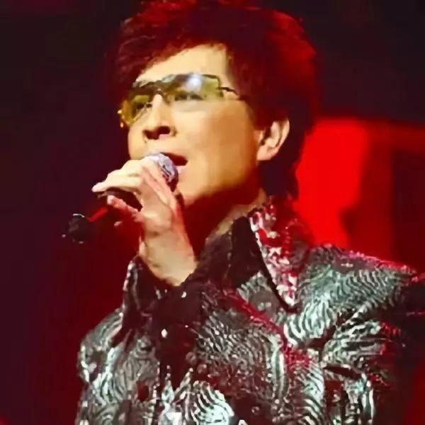 香港殿堂级歌手自爆入纸六次红馆申请演唱会都