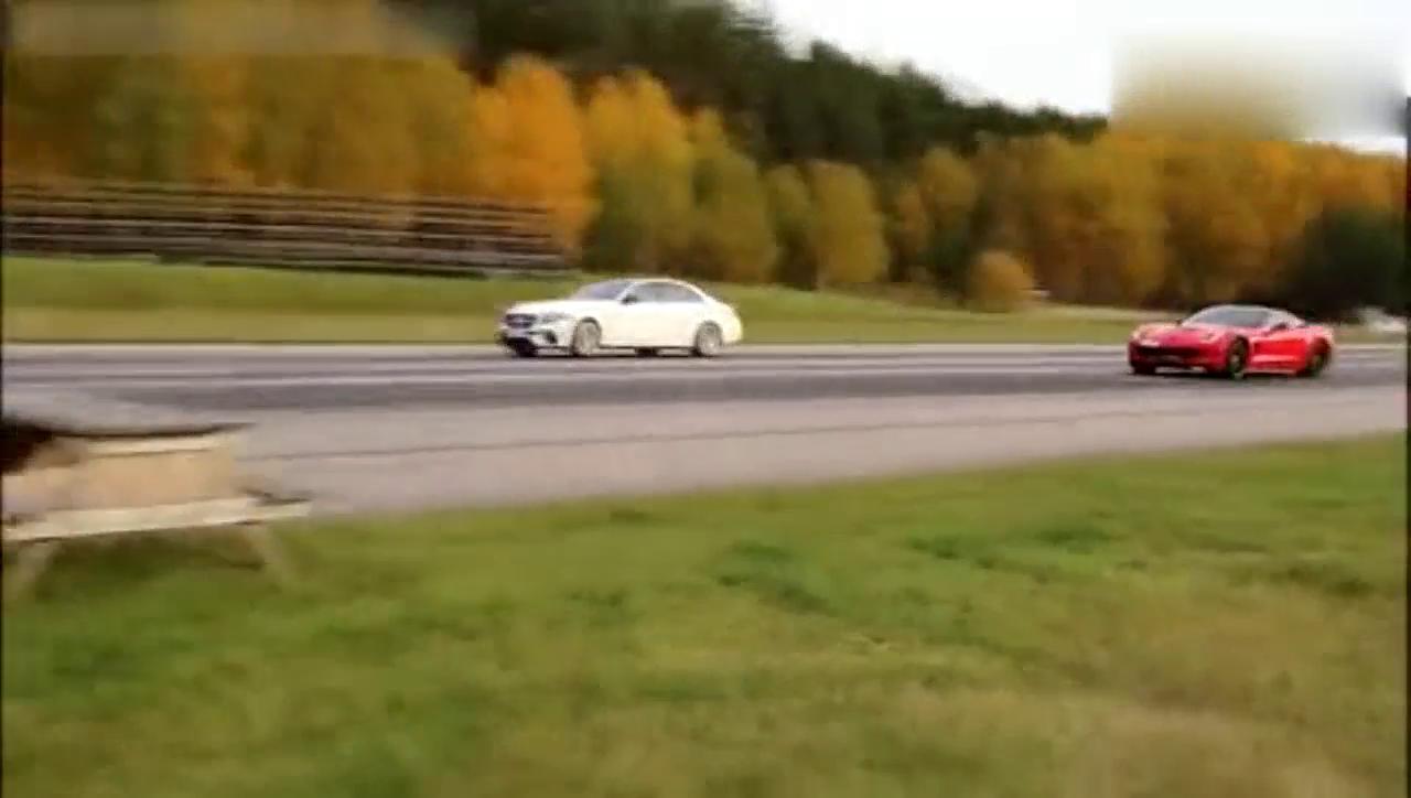 克尔维特VS奔驰E63S直线加速,这到底是谁胜了?