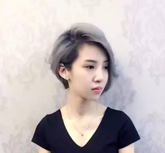 30岁女人洋气短发造型 很潮短发