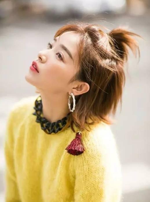 发型真的可以改变人的气质,短发的阚清子简直美成一朵花