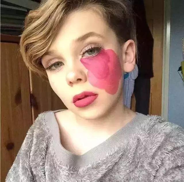 这位00后的化妆师简直是天才,让猪猪女孩们自愧不如!图片