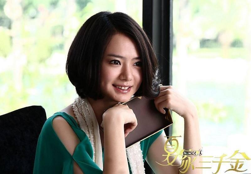 一线女明星_歌星身份出道的她,转型成为一线女演员,现家庭事业双丰收!