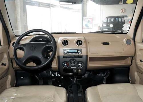 这款国内仅存的四驱面包车被称作小悍马!越野性超过很多SUV