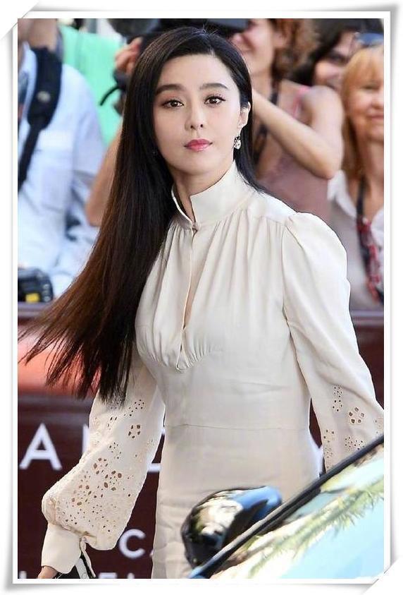 当车晓和范冰冰同穿小白裙,网友:高级脸和美女脸的差距一眼看穿