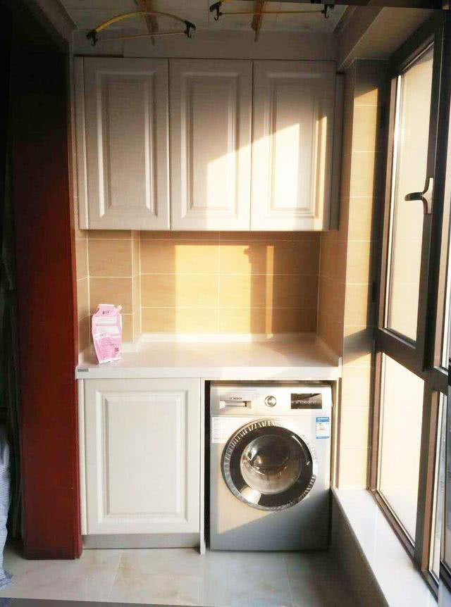 新房装修最傻就是往阳台装柜子,我家当初不听劝,刚用