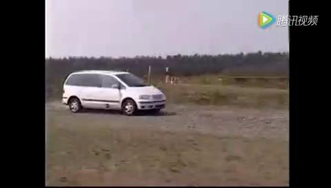 好车是怎么来的,看看德国车厂的试车,太暴力了