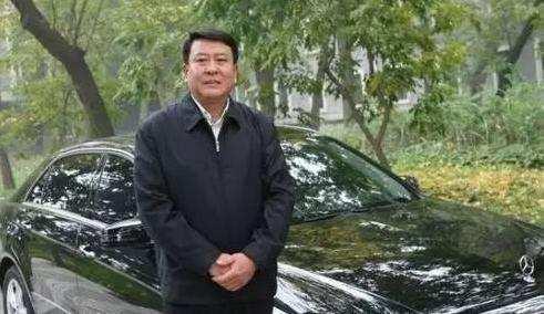 中国车企老总们都是谁? 开啥车? 吉利老总又换车?