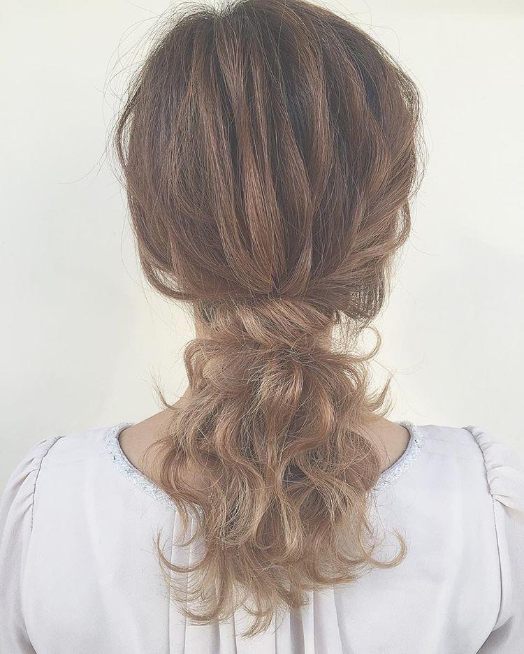 只会扎马尾吗?随手抓的编发发型一款比一款美