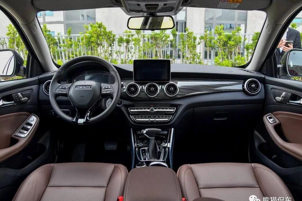 君马汽车:众泰独立品牌能否摆脱模仿而赢得市场?