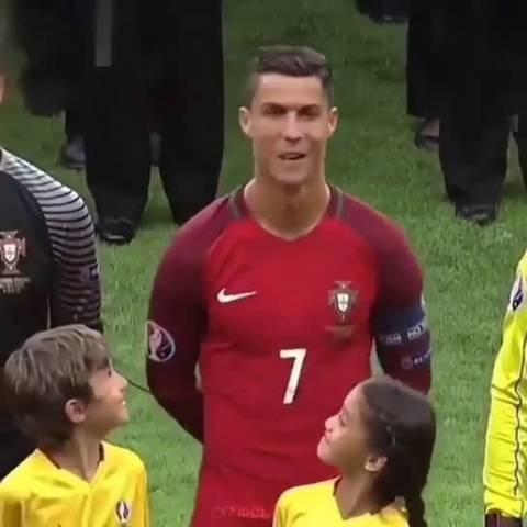 """""""我滴妈呀,这是真的C罗耶,"""" 围观世界杯C罗   """