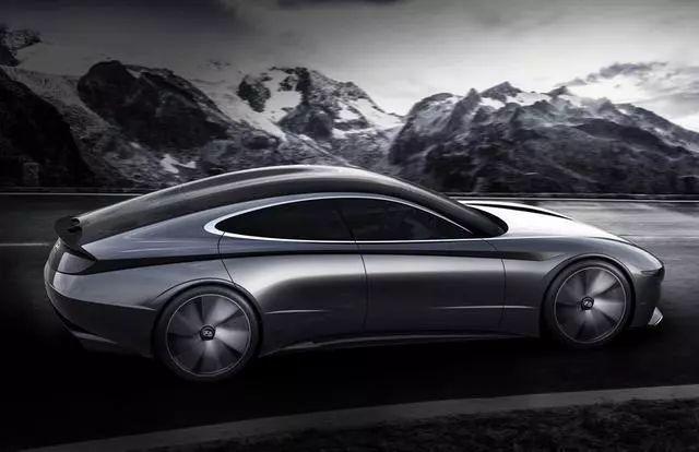 现代亮相全新概念轿跑,网友:这不是保时捷Panamera吗?