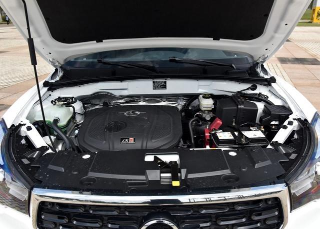 配置厚道,全系搭载1.8T动力,从10万降至8万,这款车值得入手