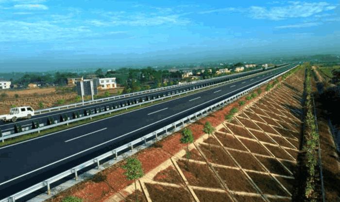 在中国, 为什么高速公路都垫高路基?