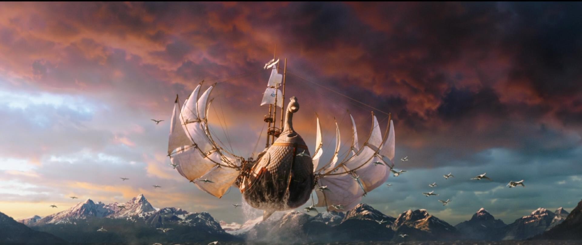 开开咂电影_印度电影的脑洞都非常浮夸,秀恩爱的时候,男女主角坐在一辆小船中