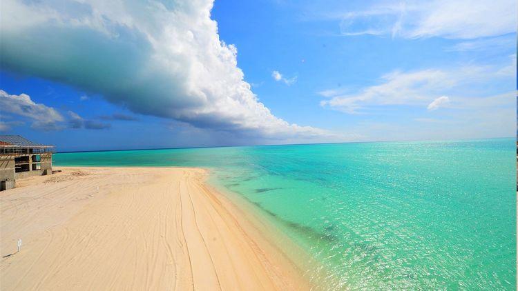 三个国家的海滩风光,澳大利亚最开放,印尼最宁静,中国