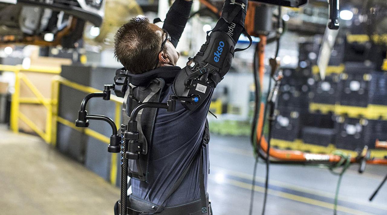 民用高科技外骨骼,可为手臂增加15磅的力量,实用吗?图片