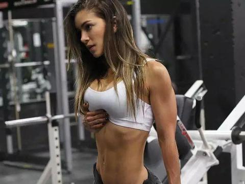 光做力量能减少体脂肪吗?不去健身房能练出肌肉吗?