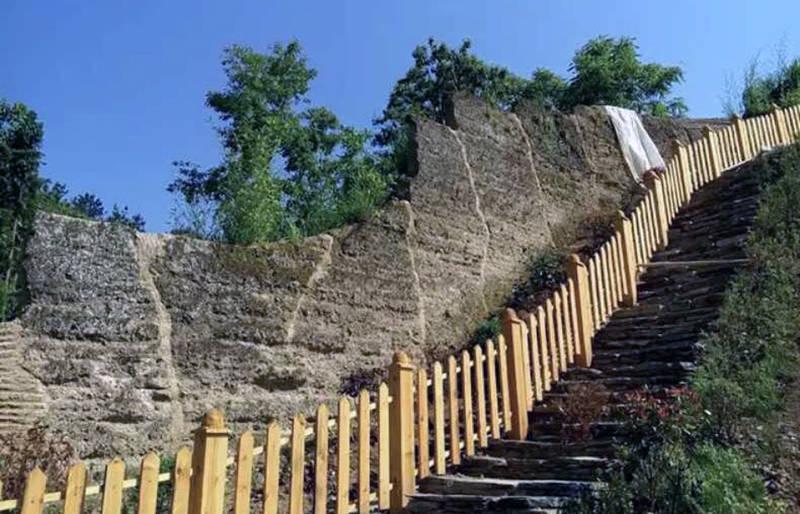 据悉,平利茶之旅文化旅游节开幕式,将于4月14---15日在平利县龙头旅游