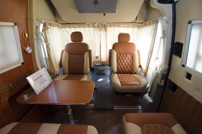 大通V80房车,配置实用空间宽敞,开着它去旅行就对了