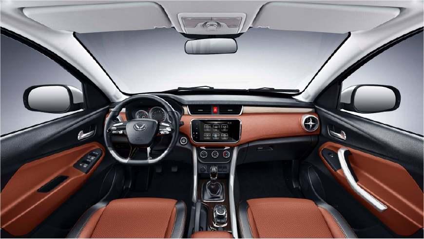 北汽发布新款幻速S3X, 10万元的车子, 30万元的内饰太有诚意了