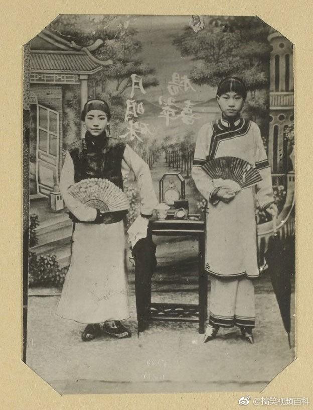 裹小脚的现代人_1900年代,裹小脚的汉族女子.