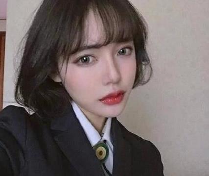 427x359 - 15kb - jpeg 2018年适合大脸女生的时尚  短发 发型中,小编图片
