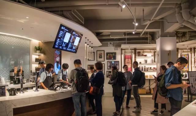 咖啡界祖师爷星巴克的爸爸来上海了,求国内高端咖啡馆的心态?
